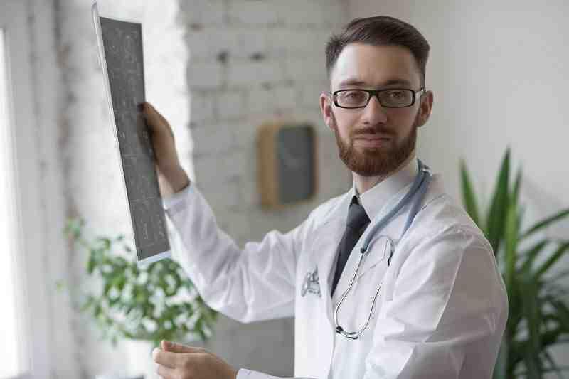 Comment devenir Orthoptiste : Formation, Métier, salaire,